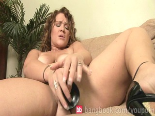 horny mishy playing her vagina