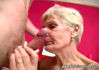 granny takes off false teeth during blowjob