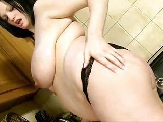 horny pregnant woman