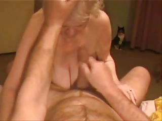facial on a so granny granny. inexperienced
