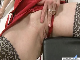big nippled mature babe plays  and devices pussy
