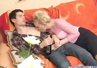 russian lascivious aunty seducing cousin