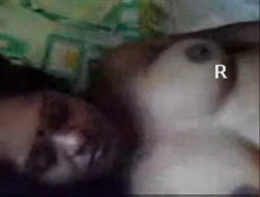 indian grownup aunty giving dick sucking and