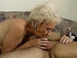elderly can deepthroat