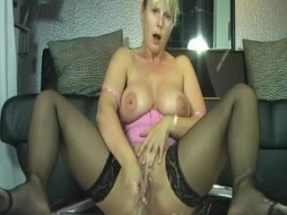 german mature babe squirt fine