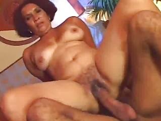 busty ethnic lady prefers raw kitty fuck