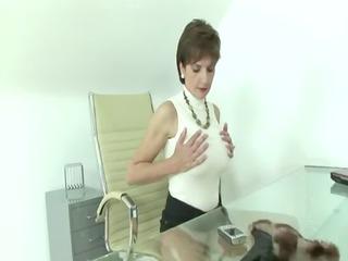 grownup italian handjob
