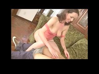 furry mature babe seduces a horny boy by troc