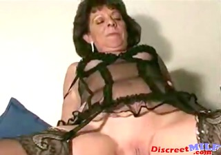 hairless older mother i creampie