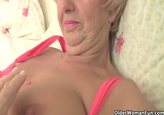 overweight granny gets her old pussy fingered by